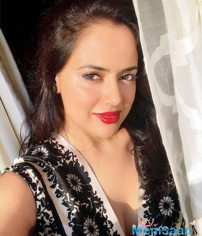 Last December, Sameera Reddy put up a picture with two-year-old son Hans on Instagram. Sam's last outing was Tezz (2012).