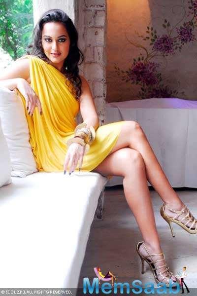 Sonakshi Sinha also tells hitlist,