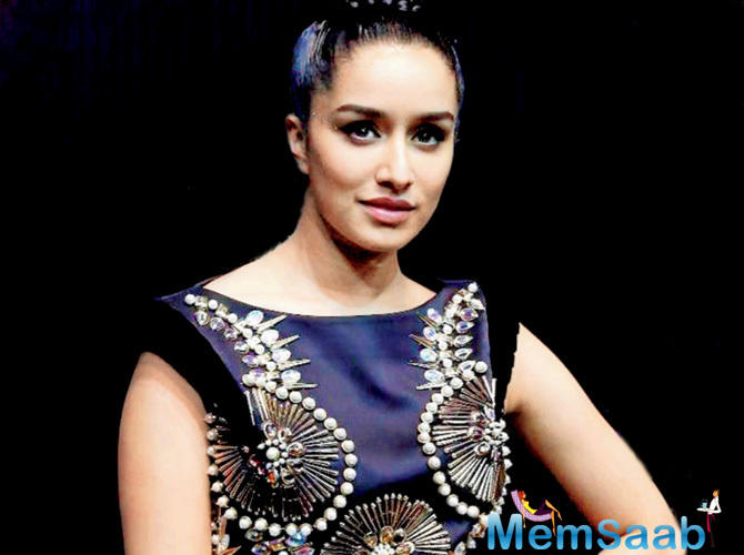 Shraddha Kapoor took to Twitter to congratulate Alia Bhatt for the success of her recent release Raazi, as the film entered the coveted 100 crore club.