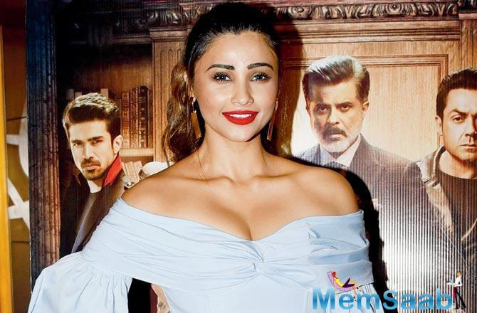 The actor, 33, says her co-star Salman Khan is happy that the dialogue is popular.