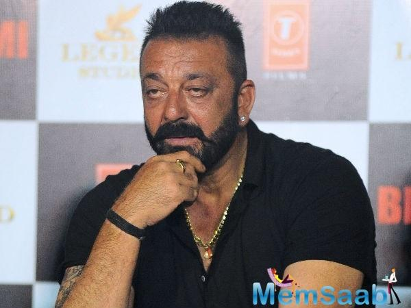 Recalling one of the incidents of Dutt's past life, Hirani revealed,