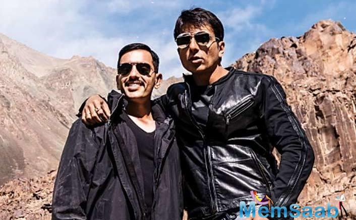 Luv Sinha, who is stepping into Bollywood with Paltan as an actor, had a great time working with actor Sonu Sood in the film, and says he brings out the best in his co-stars.