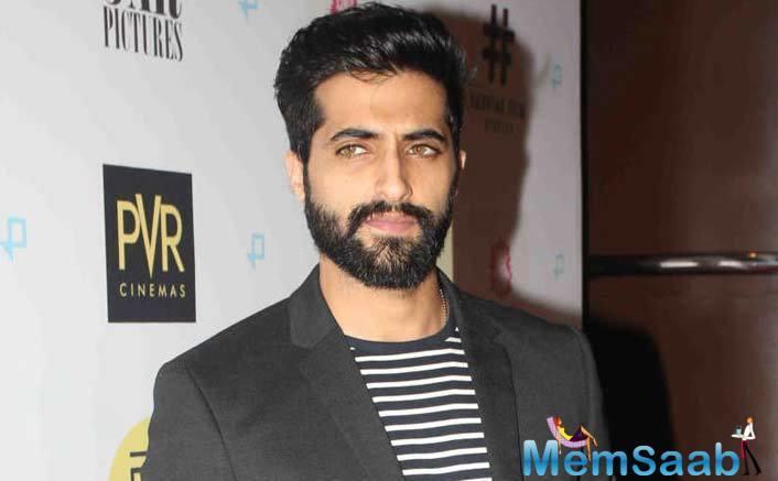"Akshay Oberoi will soon be seen in Sa Re Ga Ma's next project ""Chhote Nawab""."