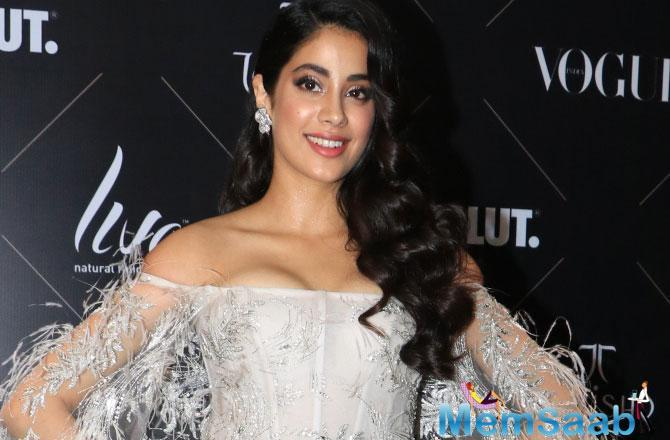 Janhvi Kapoor, who is basking in the success of her debut film, Dhadak made heads turn at Vogue beauty awards on Tuesday night in Mumbai.