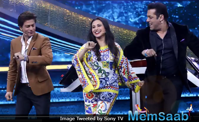 SRK and Salman will be seen together on Dus Ka Dum this weekend. They will be joined by Rani.