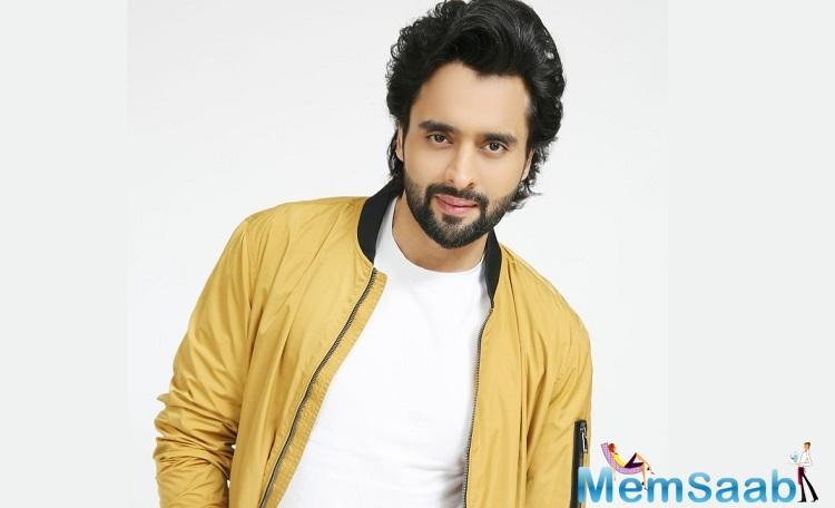 After his National Award-winning film Filmistaan (2012), Nitin Kakkar is set to present Mitron, which features Jackky Bhagnani and telly actor Kritika Kamra.