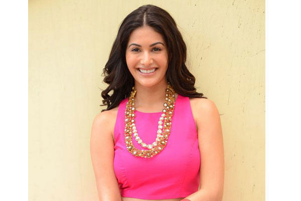 Amyra made her acting debut in Bollywood with Issaq in 2013 and was later seen in Hindi films like Mr. X, Kaalakaandi and Kung Fu Yoga, which was also dubbed in Mandarin and English.