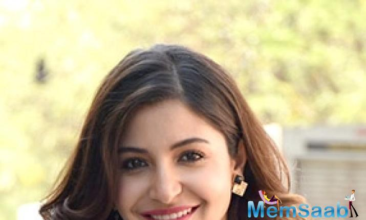 Anushka also told Sharat that Yamini's dialogue delivery is impeccable.