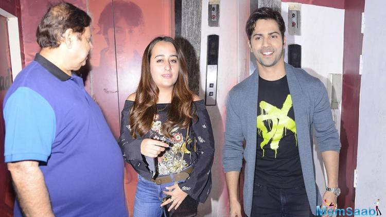 Like most B-Town couples, Varun Dhawan and ladylove Natasha Dalal are now resorting to PDA on social media. The actor posted a picture of himself and captioned it,