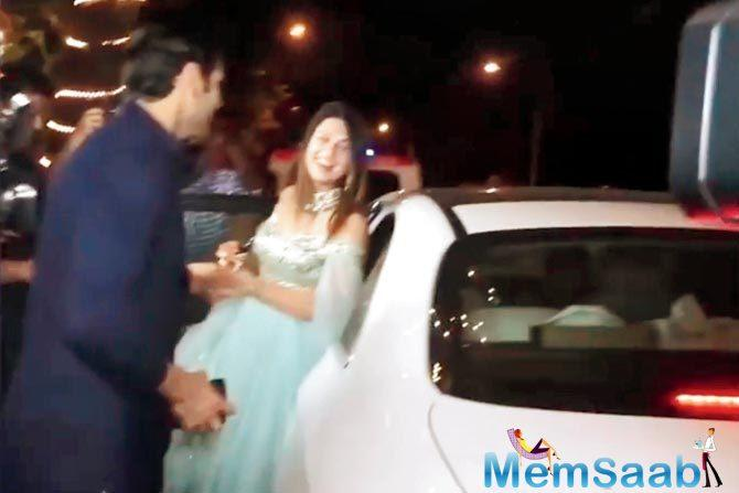 Telly star Divyanka Tripathi appeared to be confused on her way out from Ekta Kapoor's Diwali bash.
