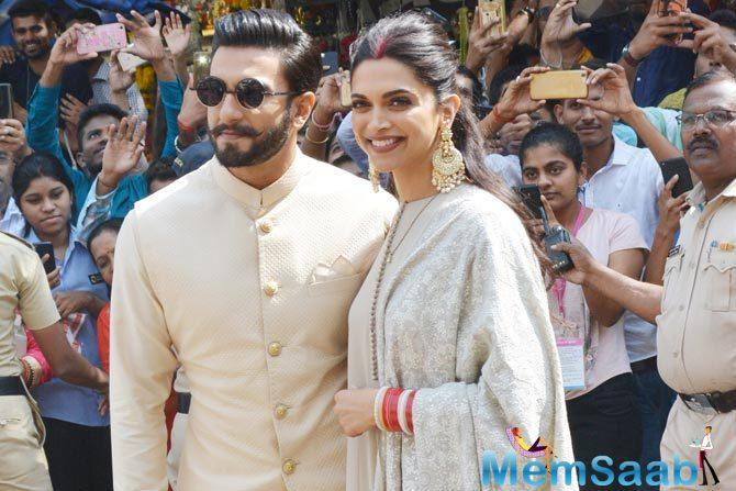 Bollywood's leading lady Deepika who is a staunch devotee of Siddhivinayak visited the holy temple with husband Ranveer Singh to seek the blessings of the almighty post her wedding.