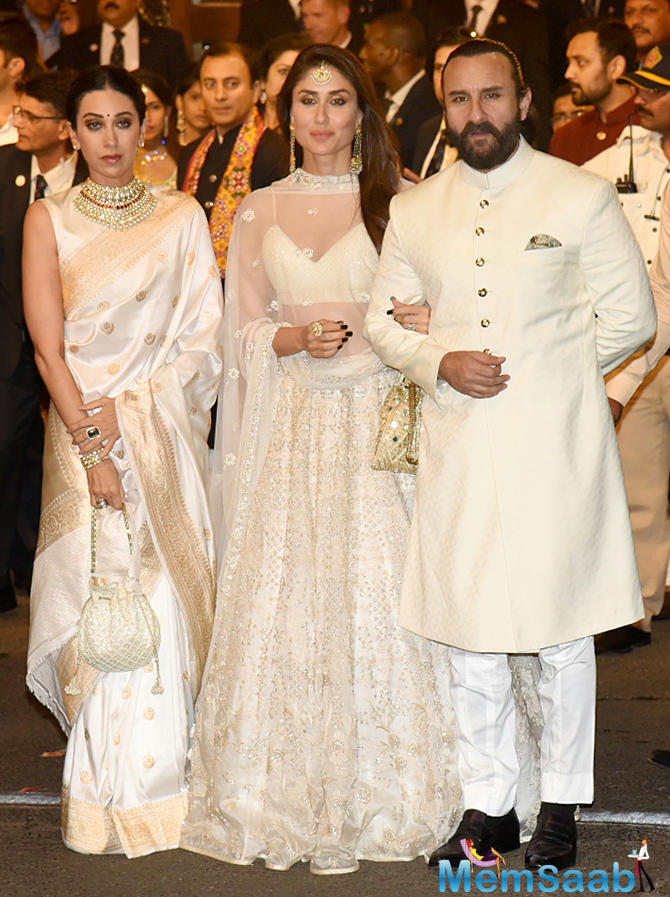 Kareena Kapoor arrived with her sister Karisma Kapoor and husband Saif Ali Khan for the wedding ceremony.