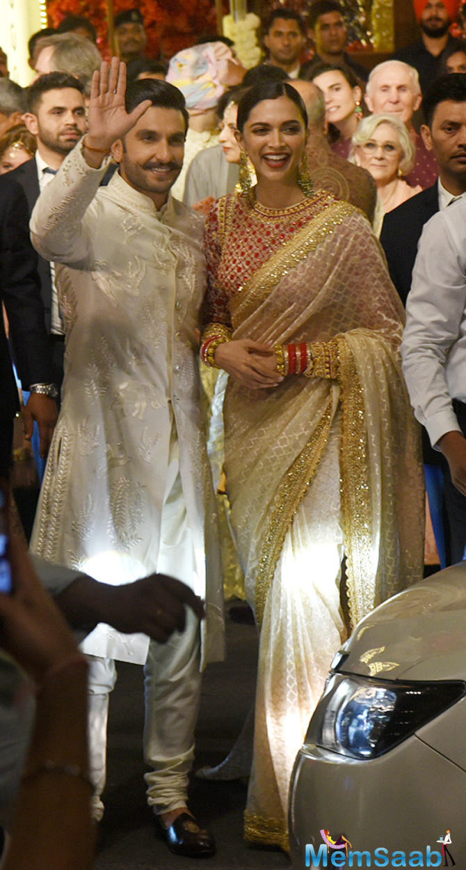 Newlyweds Deepika and Ranveer arrived for Isha Ambani and Anand Piramal's wedding at Antilla in Mumbai.