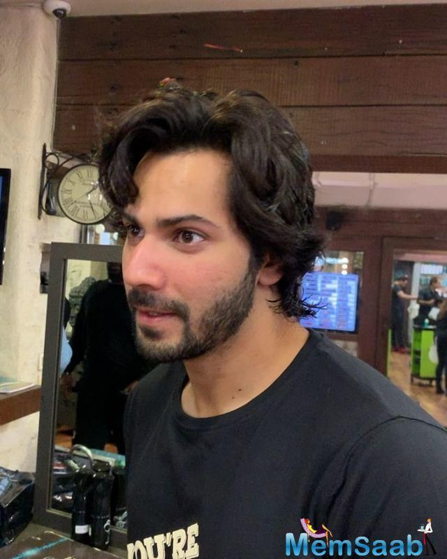After greeting fans with 'Satsriyakal' and 'Namaskaar', Varun went on to introduce the film's producer, director and of course, Sonam Bajwa, who shared her excitement for the film.