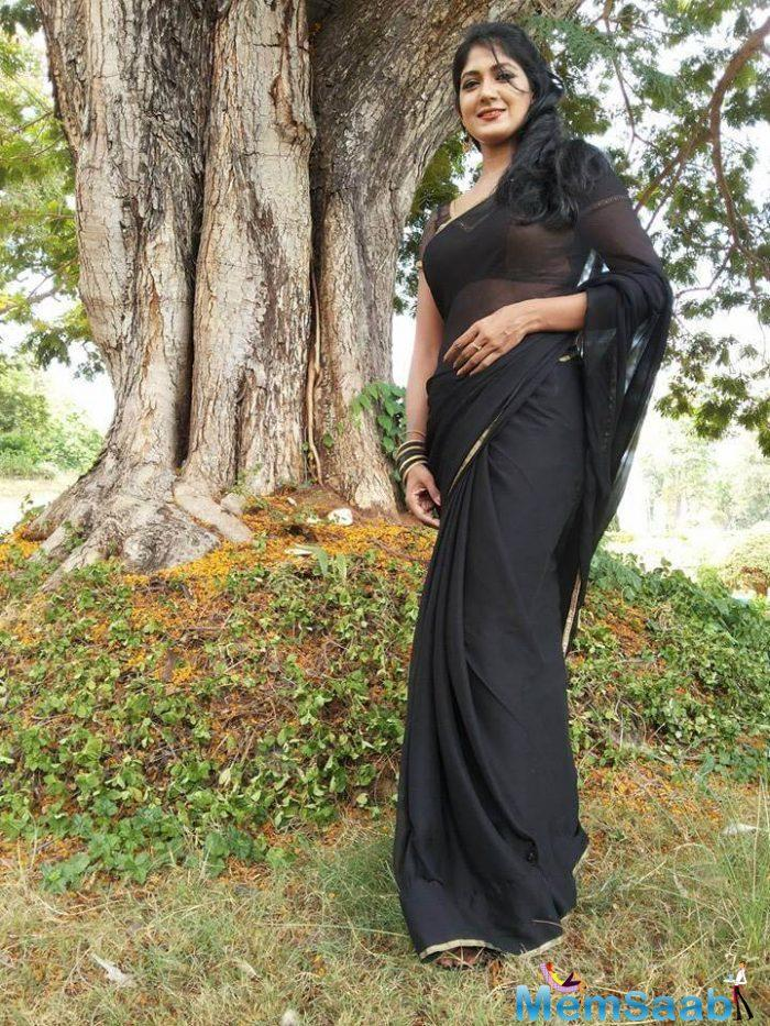 """The actress reveals that she doesn't believe in prompting. """"Even if I am unaware of a language, like how I started with Telugu with no idea about it, I make sure I learn the language and deliver it by myself,"""" says Yajna."""