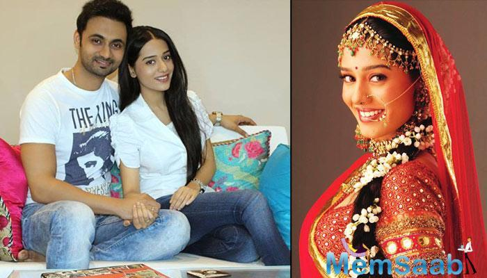 After dating him for about six years, Amrita Rao got married to a Mumbai based Radio Jockey Anmol in May 2016.