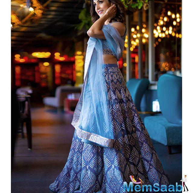 The sisters shut down the usual and conventional pre-wedding photoshoots and opted for sneakers paired with traditional lehengas.