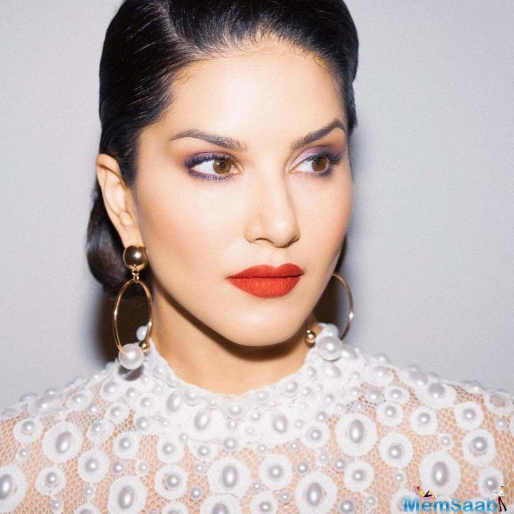Sunny Leone is among the few celebs who have been involved in the controversy of being caught red - handed during the Operation Karaoke sting operation done by Cobrapost.
