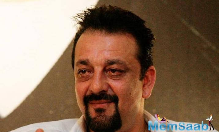 To get fitter for his role, Sanjay Dutt has opted for meals that don't have much carbs and fats, and is consuming food rich in protein like chicken, salads, and fish.
