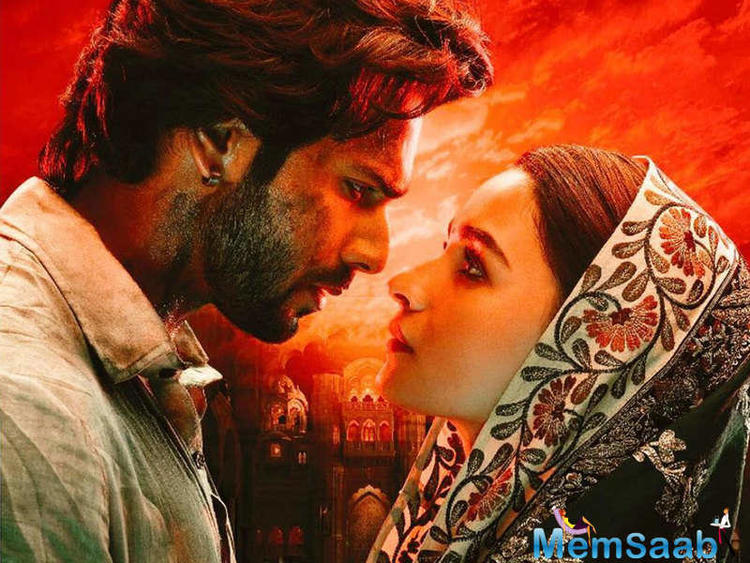 Directed by Abhishek Varman, Kalank also stars Madhuri Dixit-Nene, Sanjay Dutt, Sonakshi Sinha, Aditya Roy Kapur in lead roles. Produced by Karan Johar and Sajid Nadiadwala, the film is set to release on April 19, 2019.