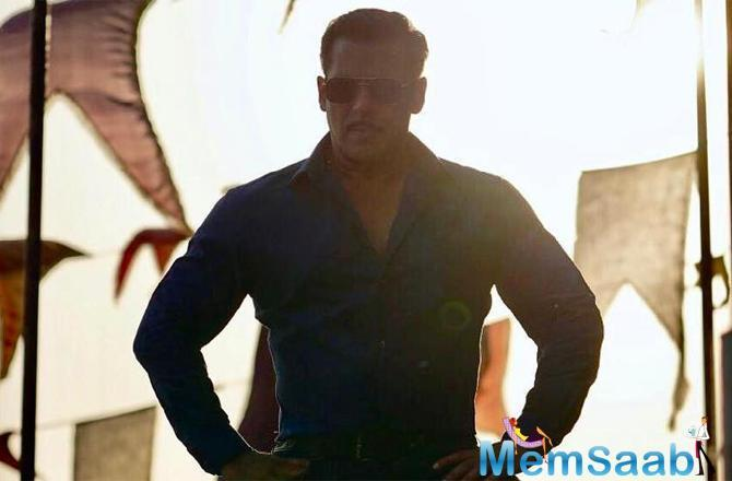 While fans are eagerly waiting to see Salman Khan as Chulbul Pandey in Dabangg 3, the actor has been making sure to keep the audiences on their toes by sharing stills and behind-the-scenes pictures from the film's sets.