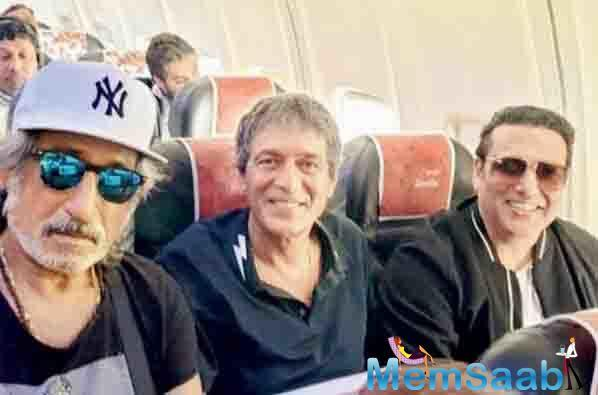 Shakti Kapoor, Chunky Panday and Govinda found themselves on board the same flight to Kanpur.