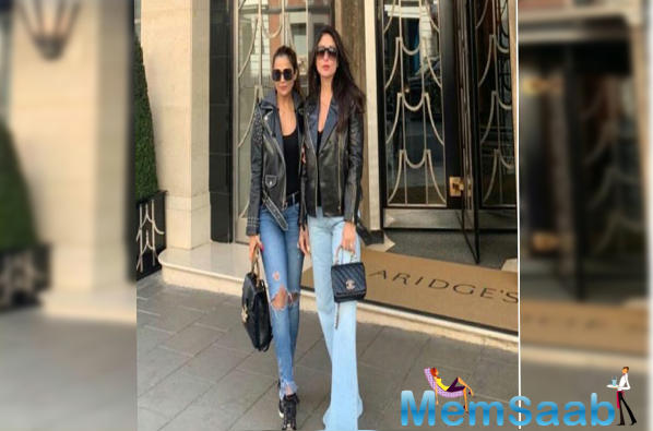 Since Kareena Kapoor is not on social media, we can thank her BFF Amrita for giving fans a glimpse of their fun vacay.