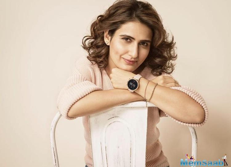 Fatima Sana Shaikh is indeed one of the luckiest actresses in the showbiz. The young and budding star, who kickstarted her career with superstar Aamir Khan, is on a roll.
