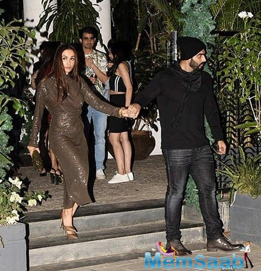But while we can abstain ourselves, there is just general frenzy about Arjun Kapoorand Malaika Arora's marriage.