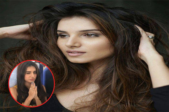 The debutant, Tara Sutaria is scared of mid-air turbulence and in the video, she is seen chanting prayers, while her debutant co-actor Ananya Panday is least affected, and is busy recording the video.