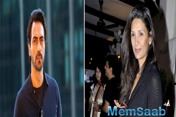 On Tuesday, Arjun Rampal and ex-wife Mehr Jesia were papped on one of Bandra's thoroughfares. They were spotted entering a bank. The former couple maintained distance with each other. Arjun and Mehr arrived and departed in separate cars.