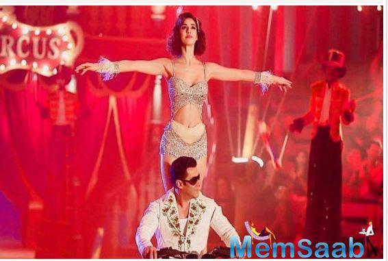 Recently, Disha Patani took to her social media and shared yet another picture of her and Salman Khan from the circus sequence and the actress looks mesmerizing in silver.