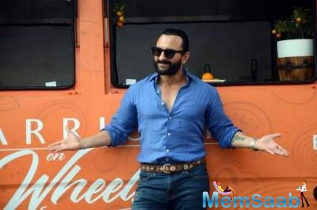 Though the actor appears to be a calm and composed, Saif certainly knows how to nail the game with wit.