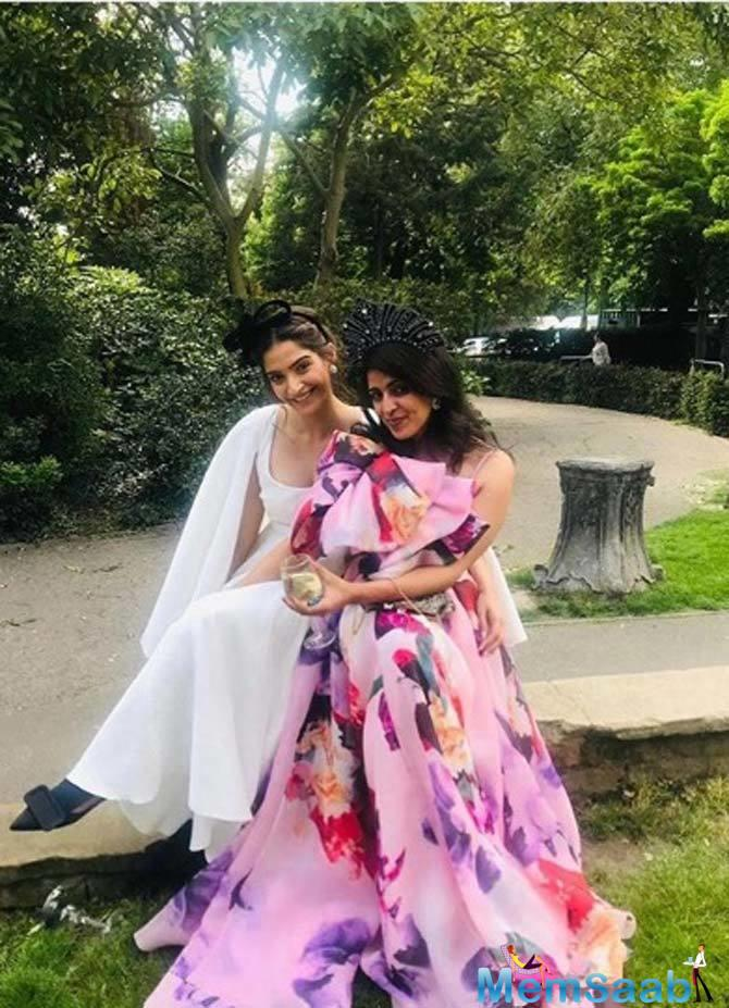 Sonam Kapoor also shared a picture of the bride and groom together.