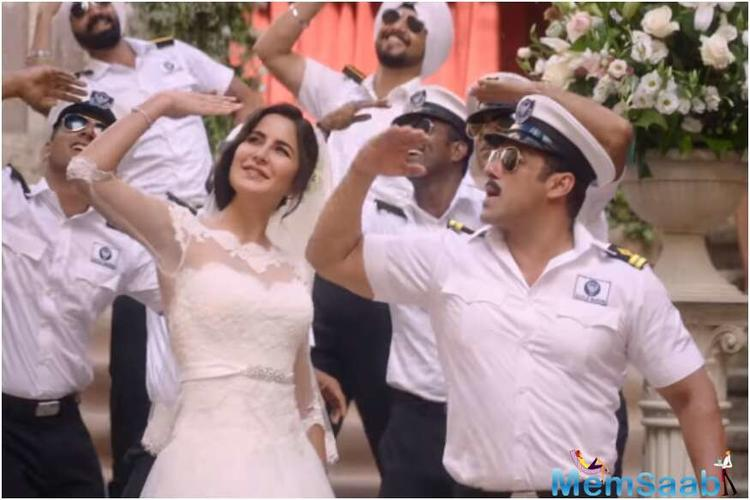 Adarsh had earlier shared that the film's opening day moolah has surpassed that of Salman's hit films including 'Tiger Zinda Hai' (Rs 34.10 crore), 'Sultan' (Rs 36.54 crore) and Prem Ratan Dhan Payo (Rs 40.35 crore).