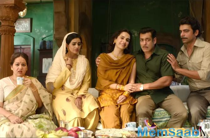 Directed by Ali Abbas Zafar, 'Bharat' is an official adaptation of the 2014 South Korean movie 'Ode To My Father'. This marks Salman's third collaborating with Zafar after 'Sultan' and 'Tiger Zinda Hai'.