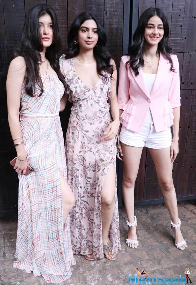 Debutante of SOTY 2, actress Ananya Panday, arrived in a summer dress. Sanjay Kapoor's daughter Shanaya Kapoor was also seen at the party.