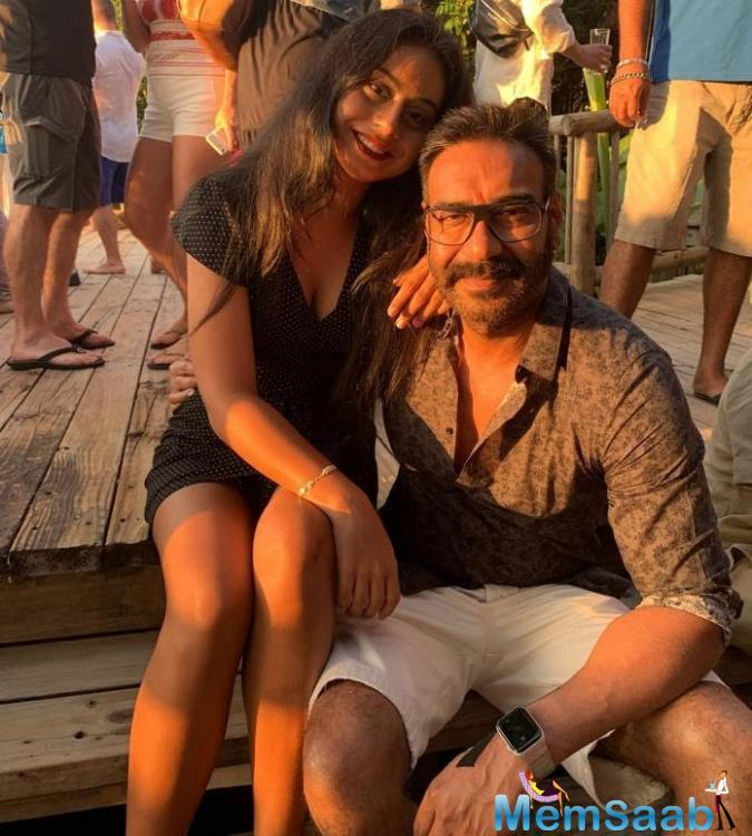 A few weeks back, Ajay Devgn and Kajol's daughter Nysa Devgn was massively trolled on social media after a picture of Nysa wearing a long blue hoodie went viral on social media.