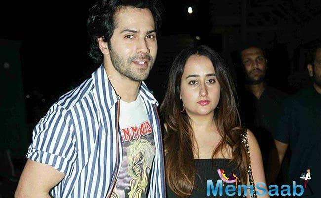 As we all know, the news of Varun Dhawan and his wedding to girlfriend Natasha Dalal has been doing the rounds for the longest time.