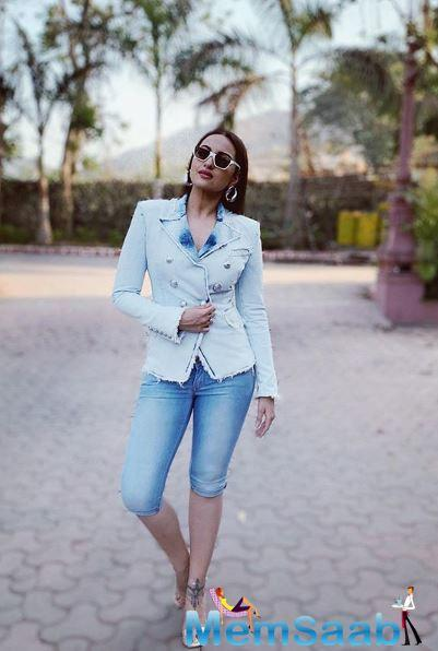 According to a report in Mumbai Mirror, there is a good chance that Sonakshi will be roped in for the role.