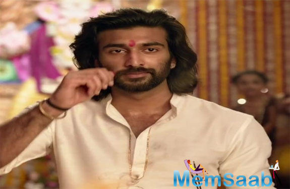 Meezaan will officially enter Bollywood with Bhansali's Malaal. During an appearance on Zoom's By Invite Only, Meezaan revealed that he first featured in Padmaavat instead of Ranveer in two scenes, read a statement.