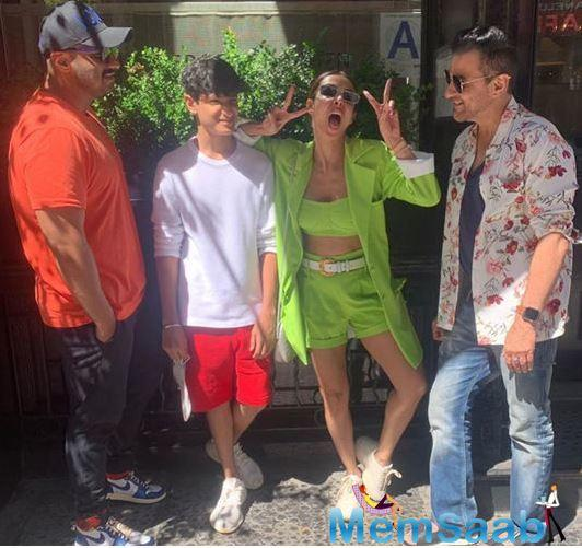 Meanwhile, the lovebirds, Arjun and Malaika seem to be painting the town red, chilling and having a ball, being all touristy in New York.