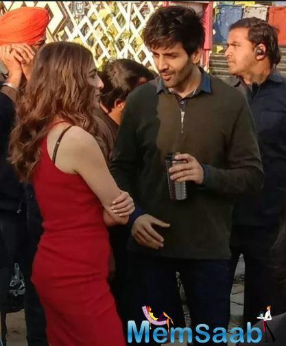 Sara Ali Khan and Kartik Aryan are all set to star in Imtiaz Ali's next directorial venture which is also a sequel of his previous movie Love Aaj Kal that started Deepika Padukone and Said Ali Khan.
