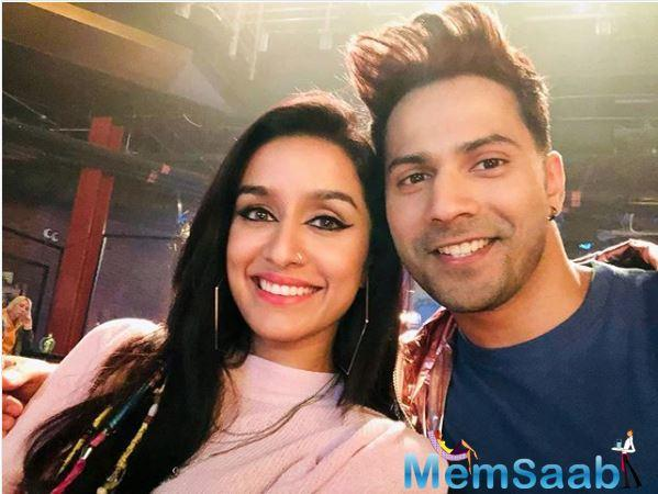 While a few days back, Varun Dhawan was snapped outside the dance class nursing an injured foot, today, Baaghi actor Shraddha Kapoor took to Instagram to inform her followers that she got injured while shooting for the film.