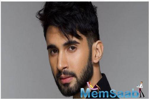 The newcomer will make his Bollywood debut with Dostana 2, which will be directed by Collin D'Cunha and also features Kartik Aaryan and Janhvi.