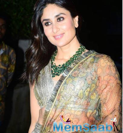 While on some days, this Chameli actress opts for an Indian look, on others days, Bebo stuns in an uber chic look.