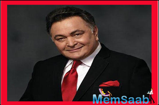 Rishi Kapoor celebrated his first Diwali post his return from New York. The actor was parked in NYC for almost 11 months and 11 days for getting treated for Cancer.