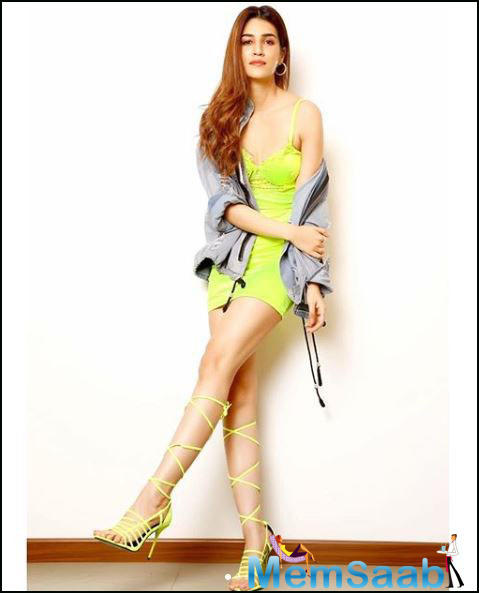Kriti Sanon has kick-started the first schedule of shooting in Rajasthan for her upcoming film 'Mimi'.