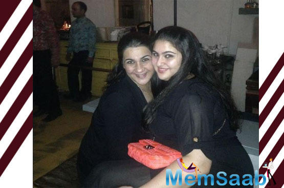 In her latest post, she took to reveal that she has a woman crush on her mum Amrita Singh.