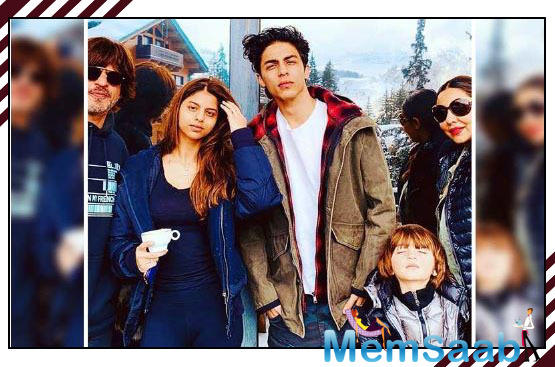 The Interior designer Gauri usually shares some adorable snaps of her kids or with her hubby Shah Rukh with throws us into a tizzy but the one that is recently shared by Mrs Khan is one of our favourites.